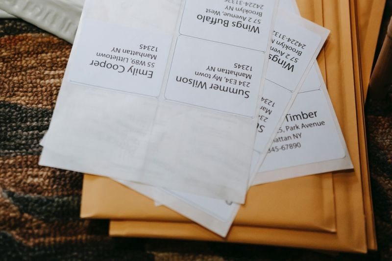 pile of envolopes and addresses